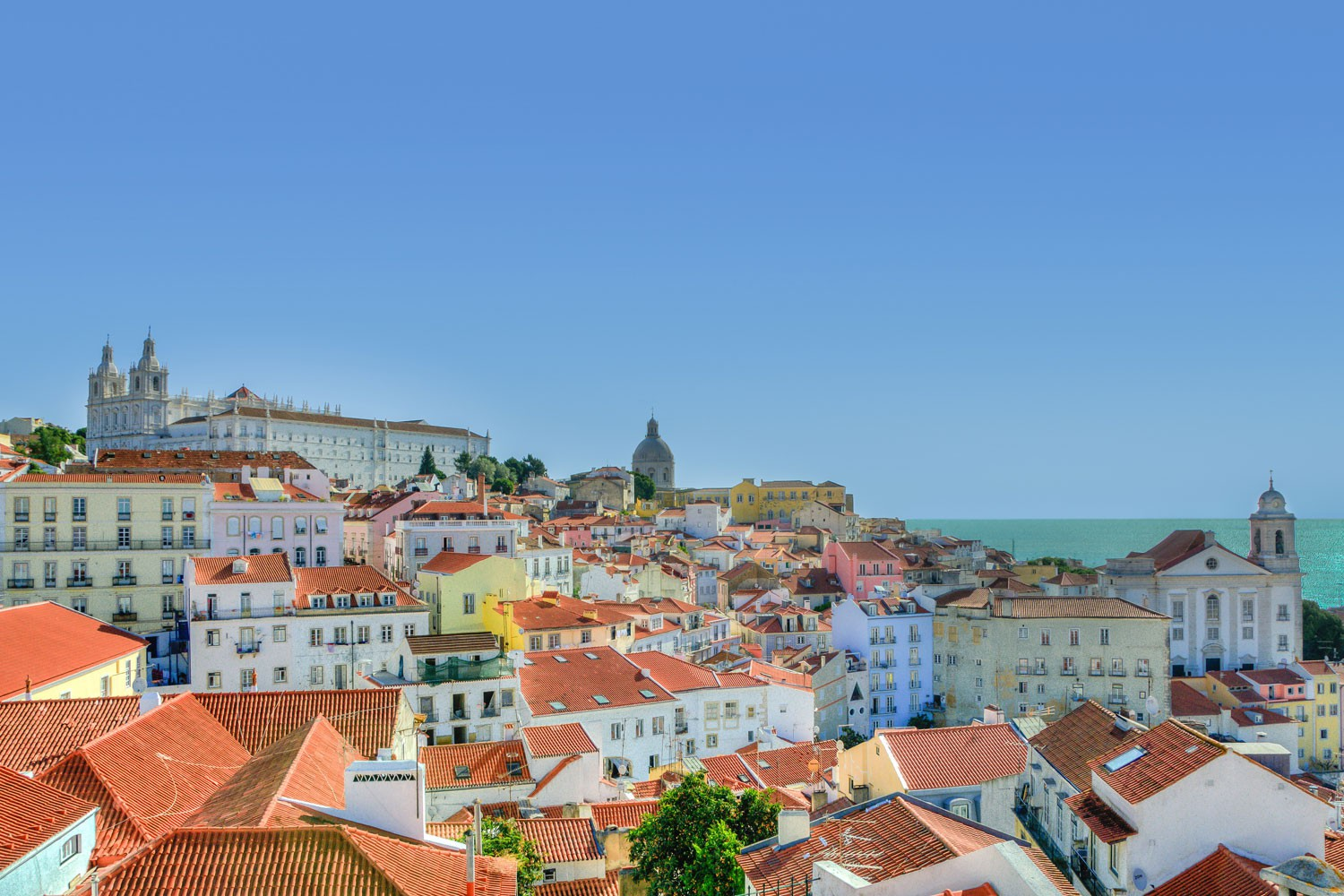 3 Tage im 3* Holiday Inn Express Lisbon - Av. Liberdade in Lissabon