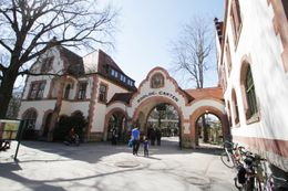 3 days at the 4* H+ Hotel Leipzig-Halle & 2 tickets for the Leipzig Zoo